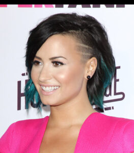 demi lovato rocks a new look