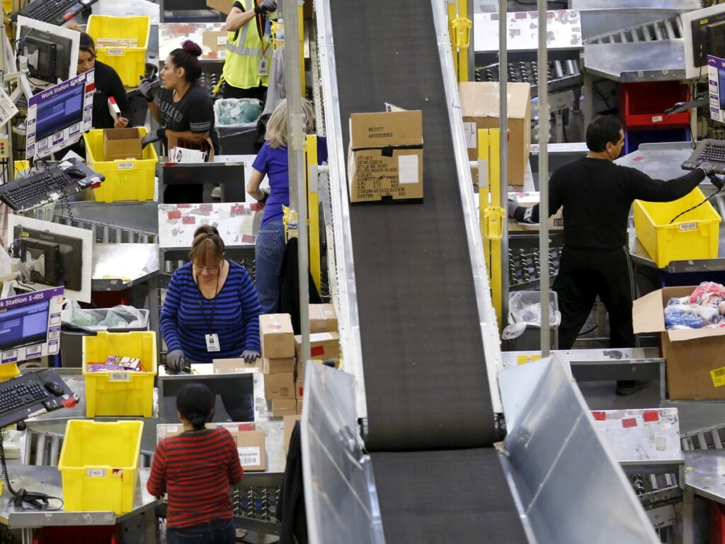 amazon to hire 29 million people for job