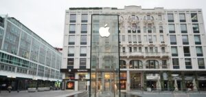 Apple was fined $12M agains its waterproof claim